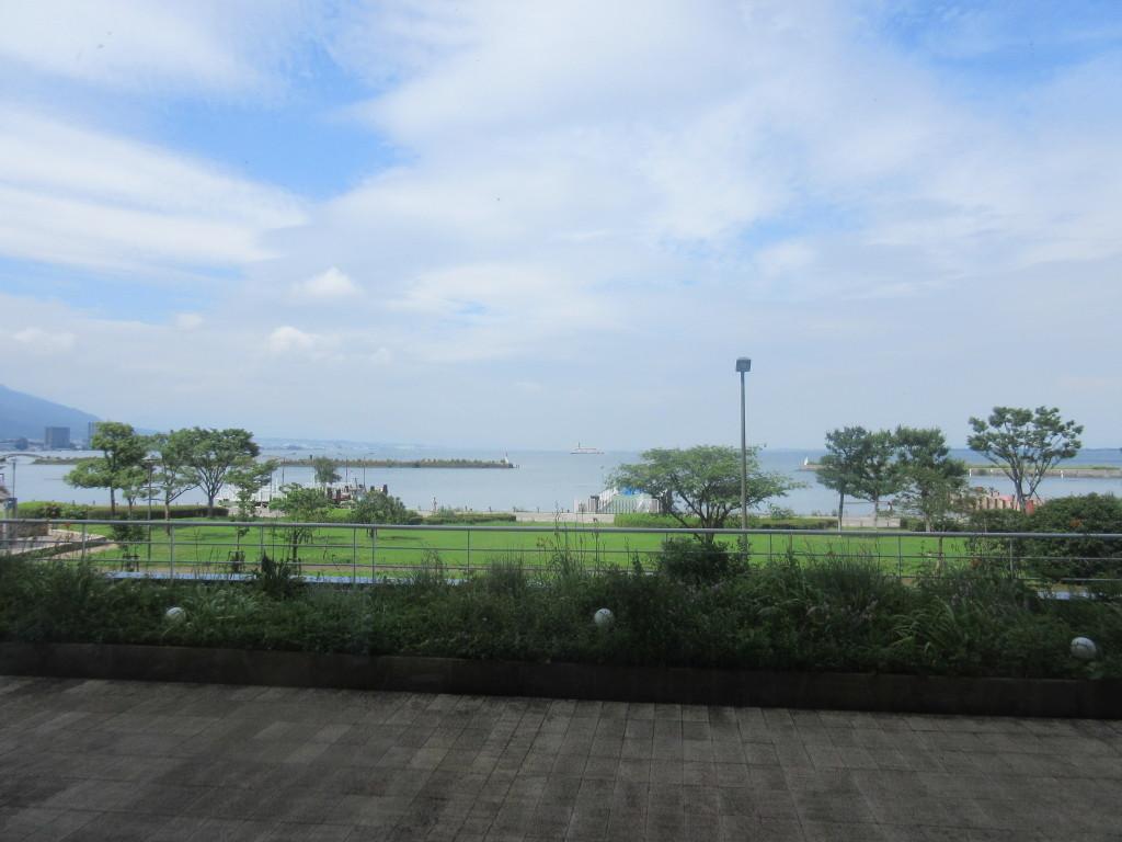 琵琶湖ホテルから見た琵琶湖