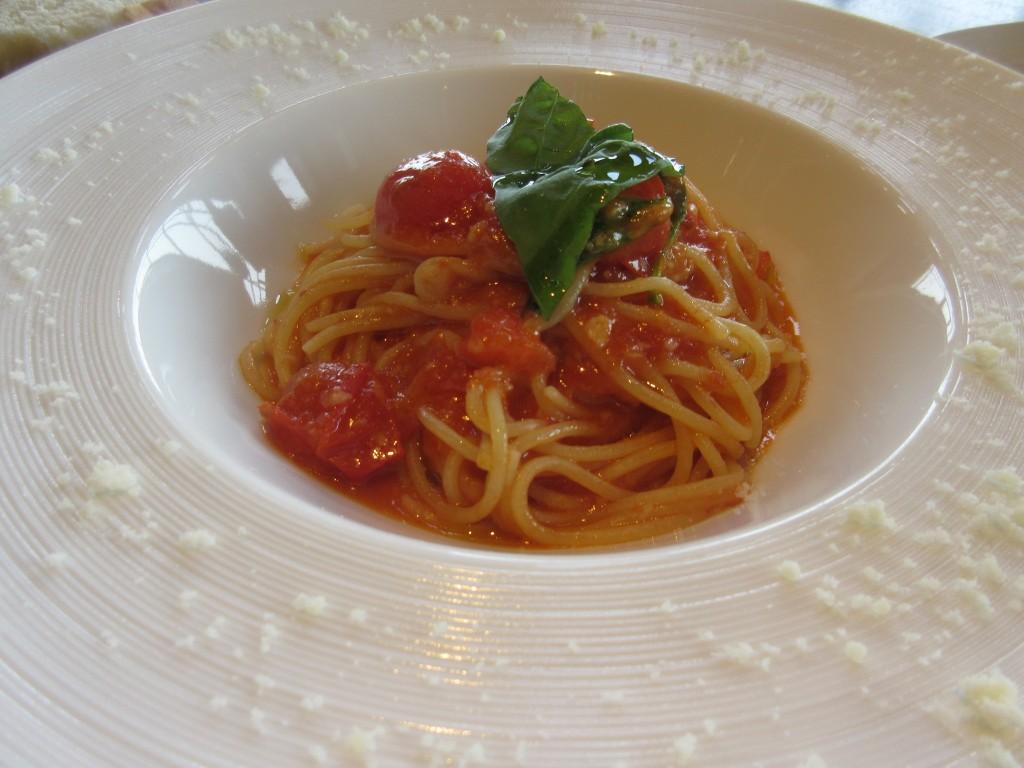 プチトマト入りポモドーロ