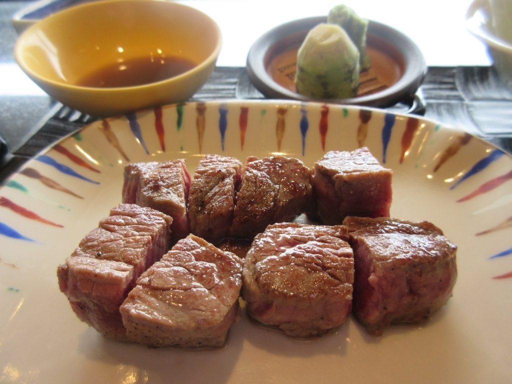 鉄板焼おおみのステーキ