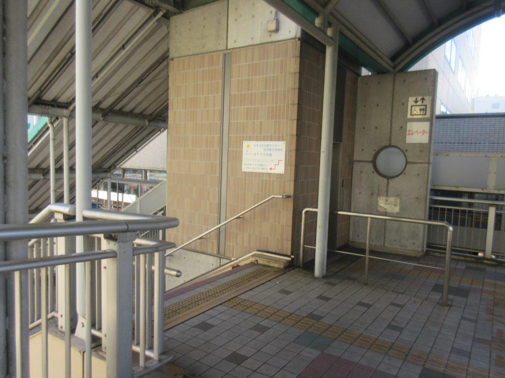 浜大津駅階段