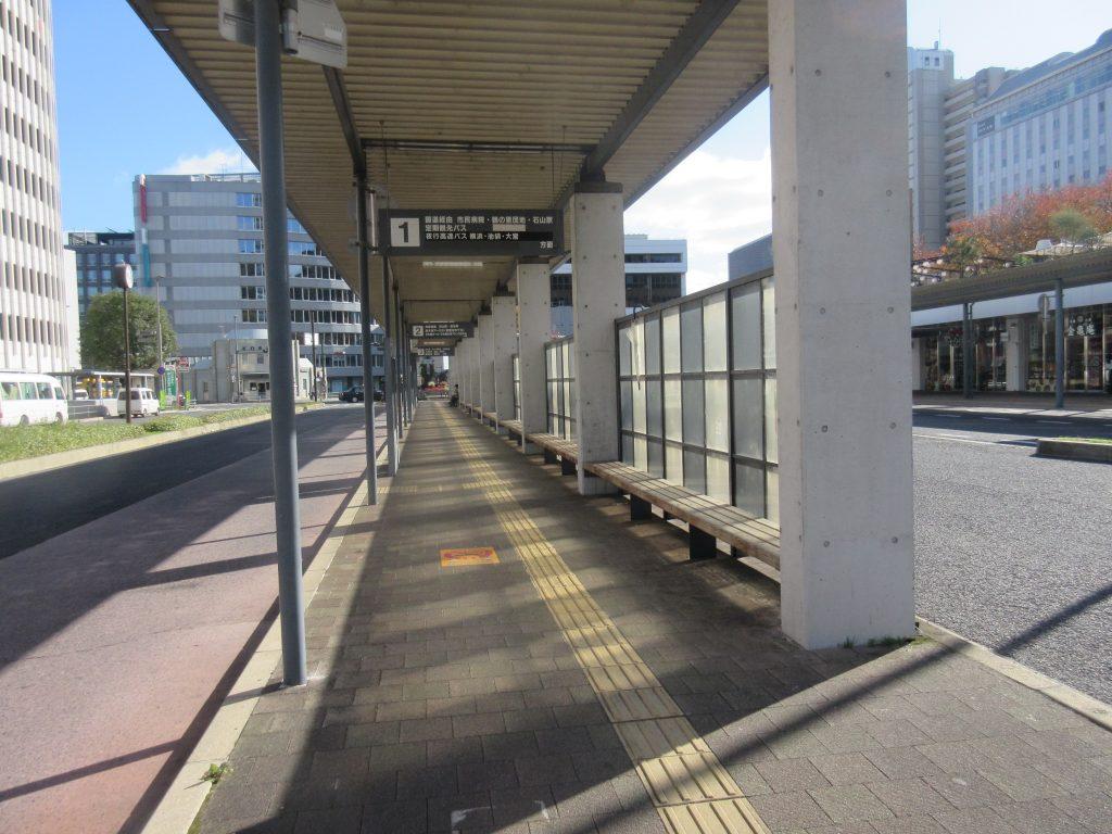 大津駅バス乗り場