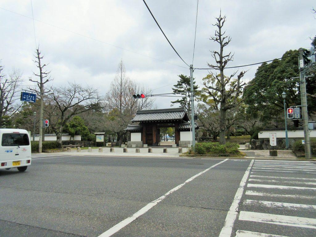 膳所城跡公園の入口