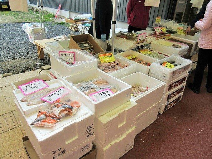 魚を売っているところ