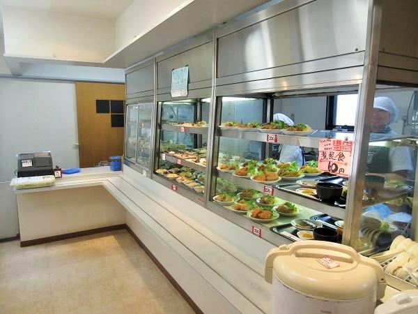 豆藤2回食堂「菜」のカウンター