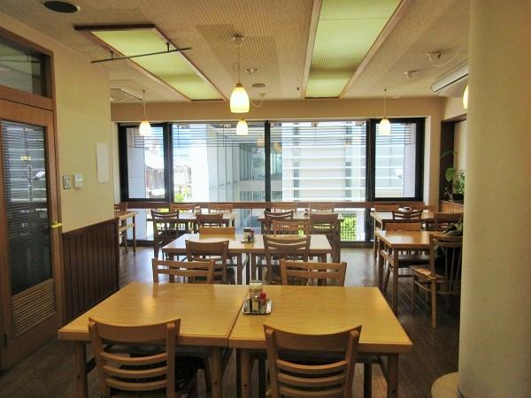 豆藤2回食堂「菜」のテーブル席