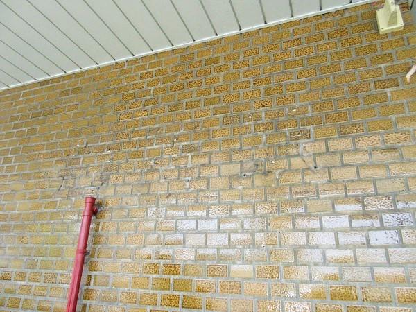 膳所駅の名前が消えた壁