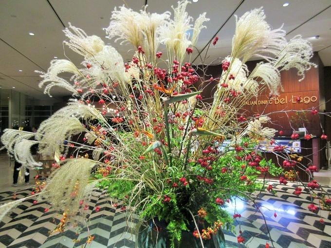 琵琶湖ホテルの入口