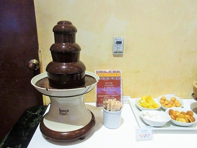 琵琶湖ホテルのバイキングのチョコレートファウンテン
