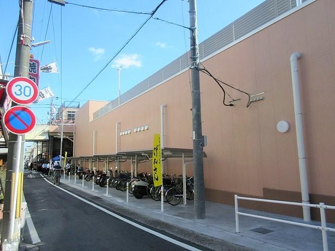 フレンドマート大津なかまち店の横の道