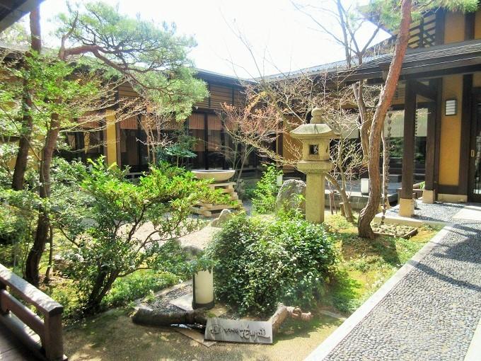 びわ湖花街道の庭