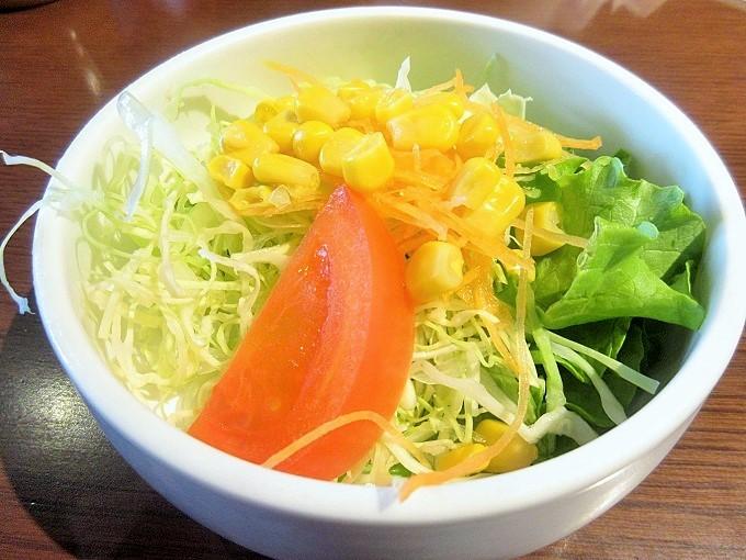 近江牛ダイニングOKAKIのサラダ