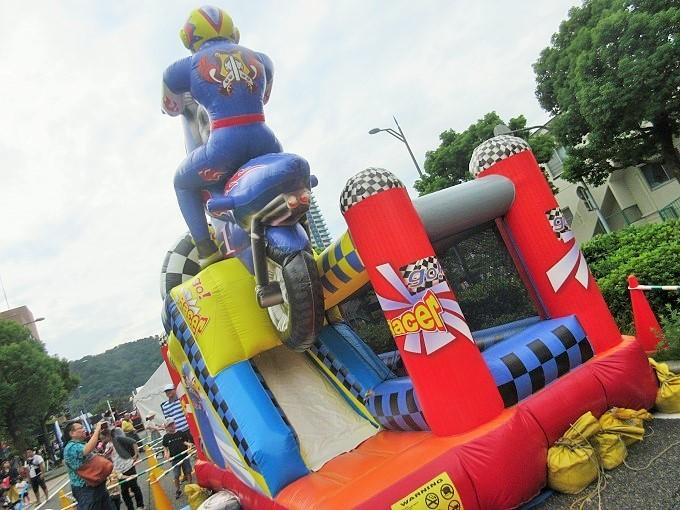 大津駅前オープンモール(2018年9月)のふわふわ遊具