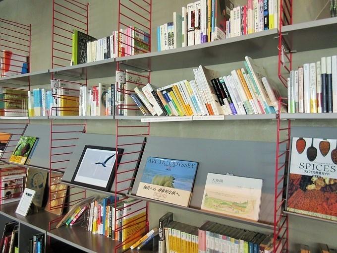 ザ・カレンダーの本棚