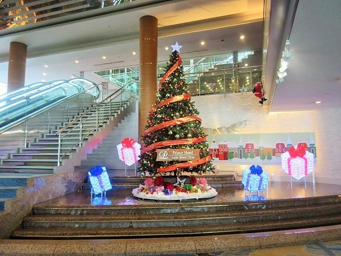 びわ湖大津プリンスホテルのクリスマスツリー