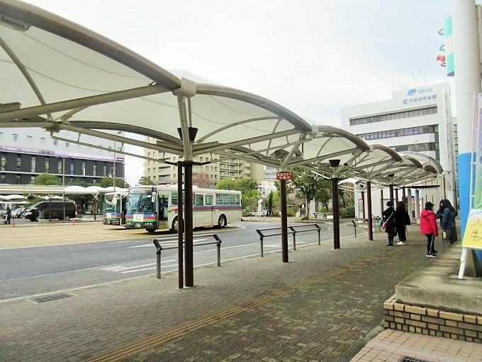 守山駅のバス乗り場