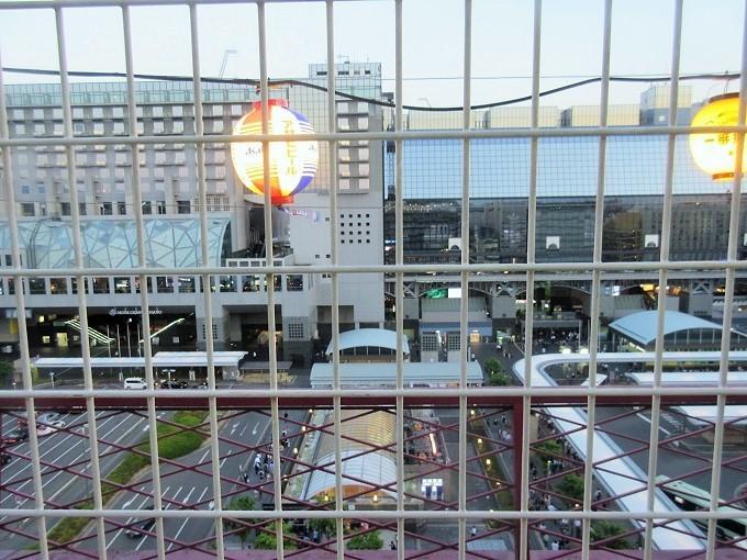 京都タワーホテルビアガーデンから見た京都駅