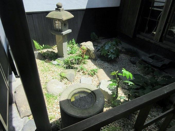 まち家オフィス結の中庭