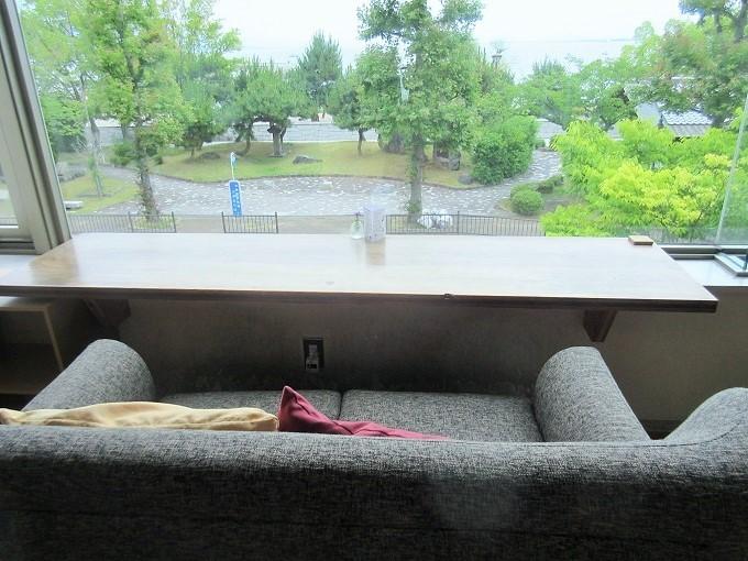 madocafeのソファ席