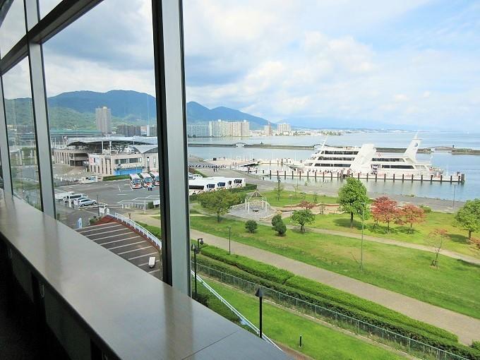 大津アレックスシネマから見た琵琶湖