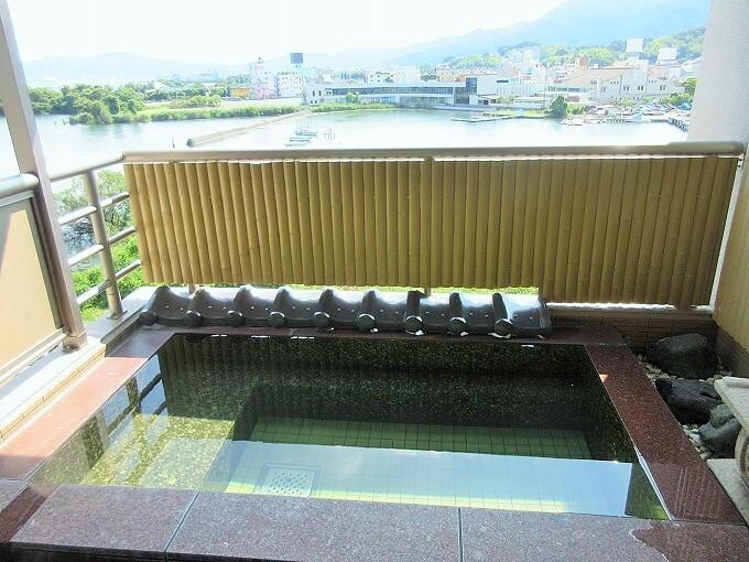 琵琶湖グランドホテル京近江の露天風呂