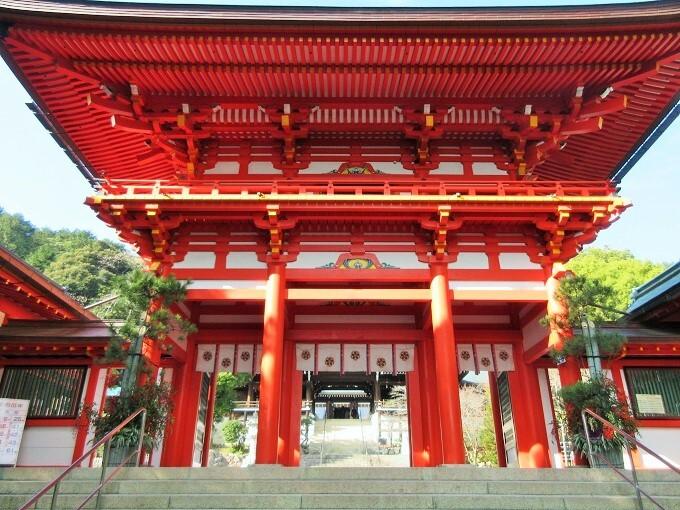 近江神宮の楼門